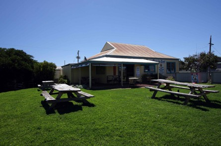 Apostles Camping Park and Cabins - Accommodation Broome
