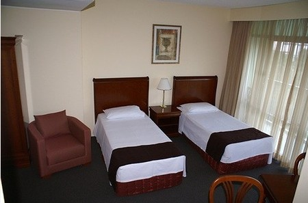 Metro Hotel Tower Mill - Accommodation Broome