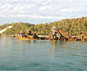 Tangalooma Wrecks Dive Site - Accommodation Broome