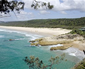 Main Beach North Stradbroke Island - Accommodation Broome
