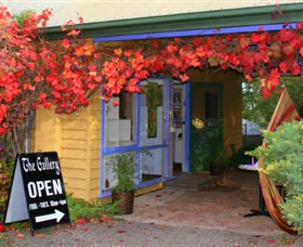 Macedon Ranges Arts Collective - Accommodation Broome