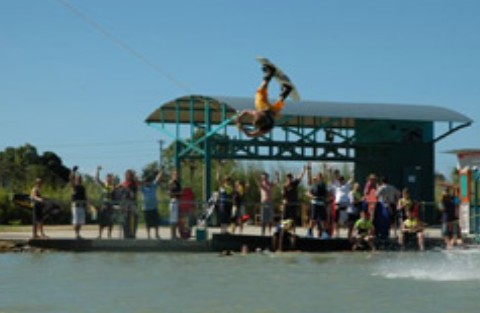 Cable Ski Cairns - Accommodation Broome