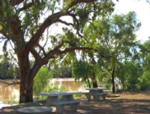 Allan Tannock Weir - Accommodation Broome