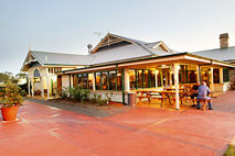 Potters Hotel and Brewery - Accommodation Broome