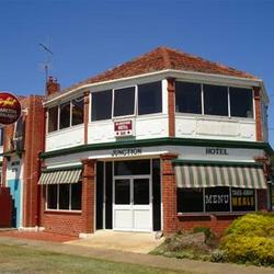 Allansford Hotel - Accommodation Broome