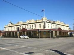 Soden's Australia Hotel - Accommodation Broome