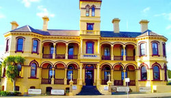 The Queenscliff Historic Royal Hotel - Accommodation Broome