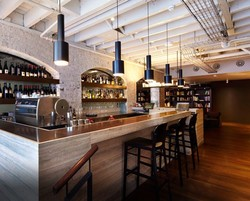 HRH Wine Bar - Accommodation Broome