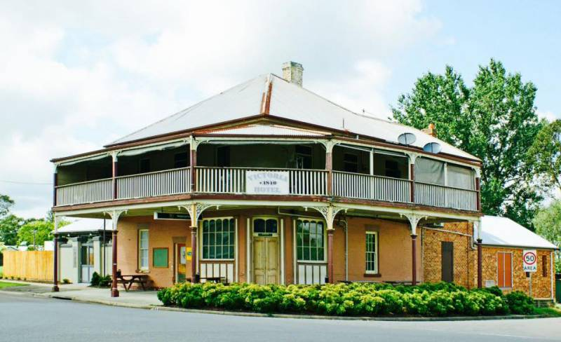 The Victoria Hotel Hinton - Accommodation Broome