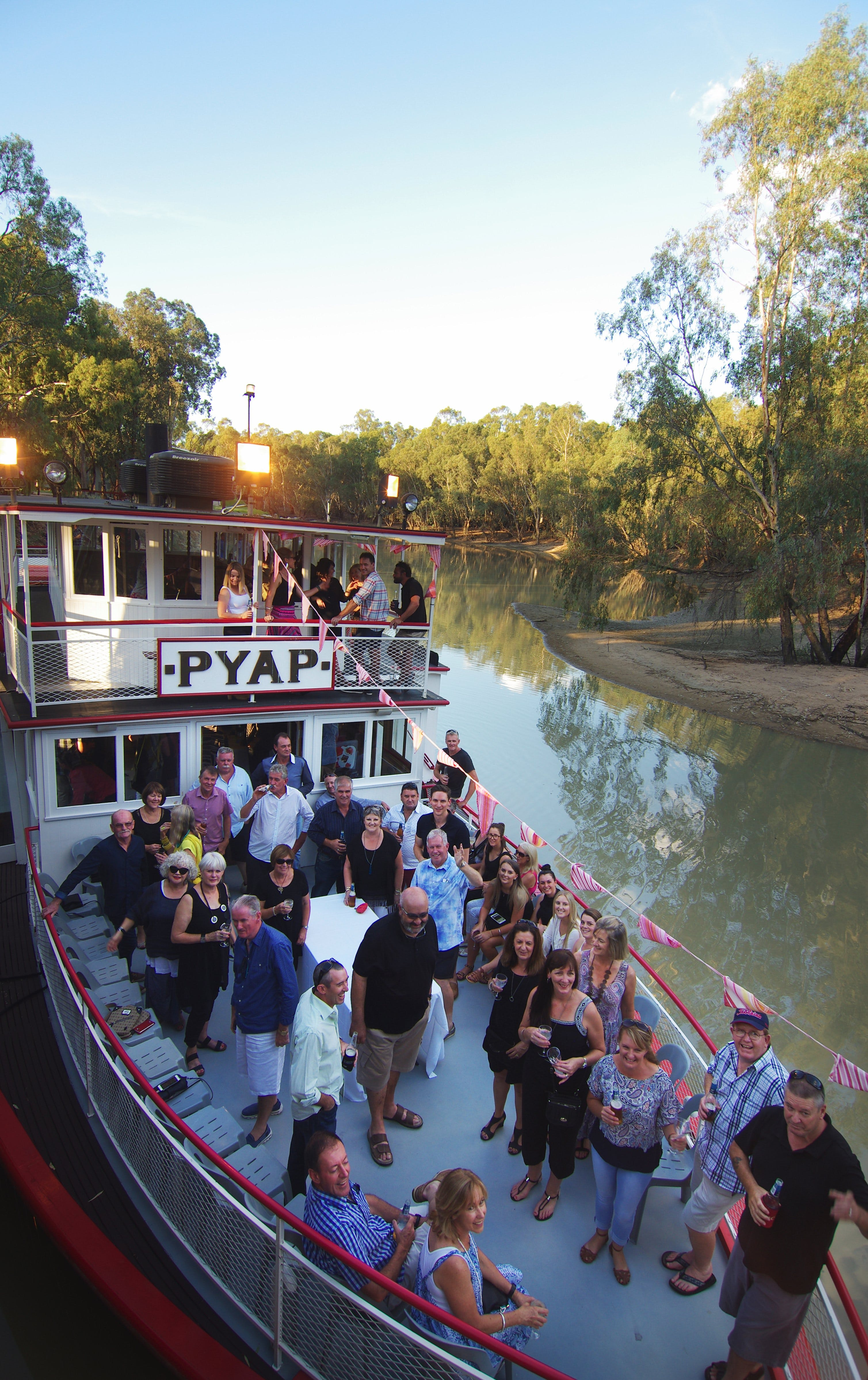 Swan Hill Region Food and Wine Festival Cruise - Accommodation Broome