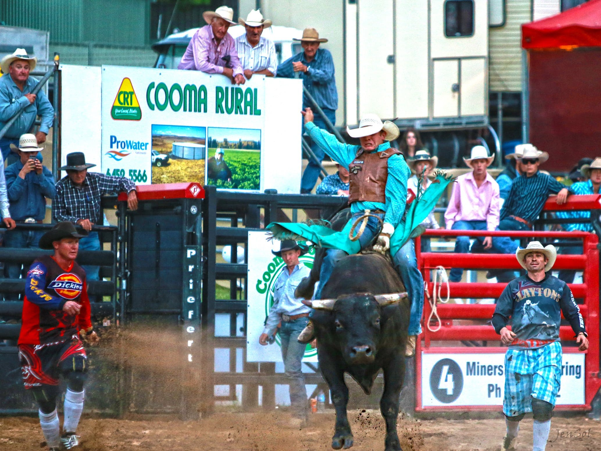 AgriWest Cooma Rodeo - Accommodation Broome