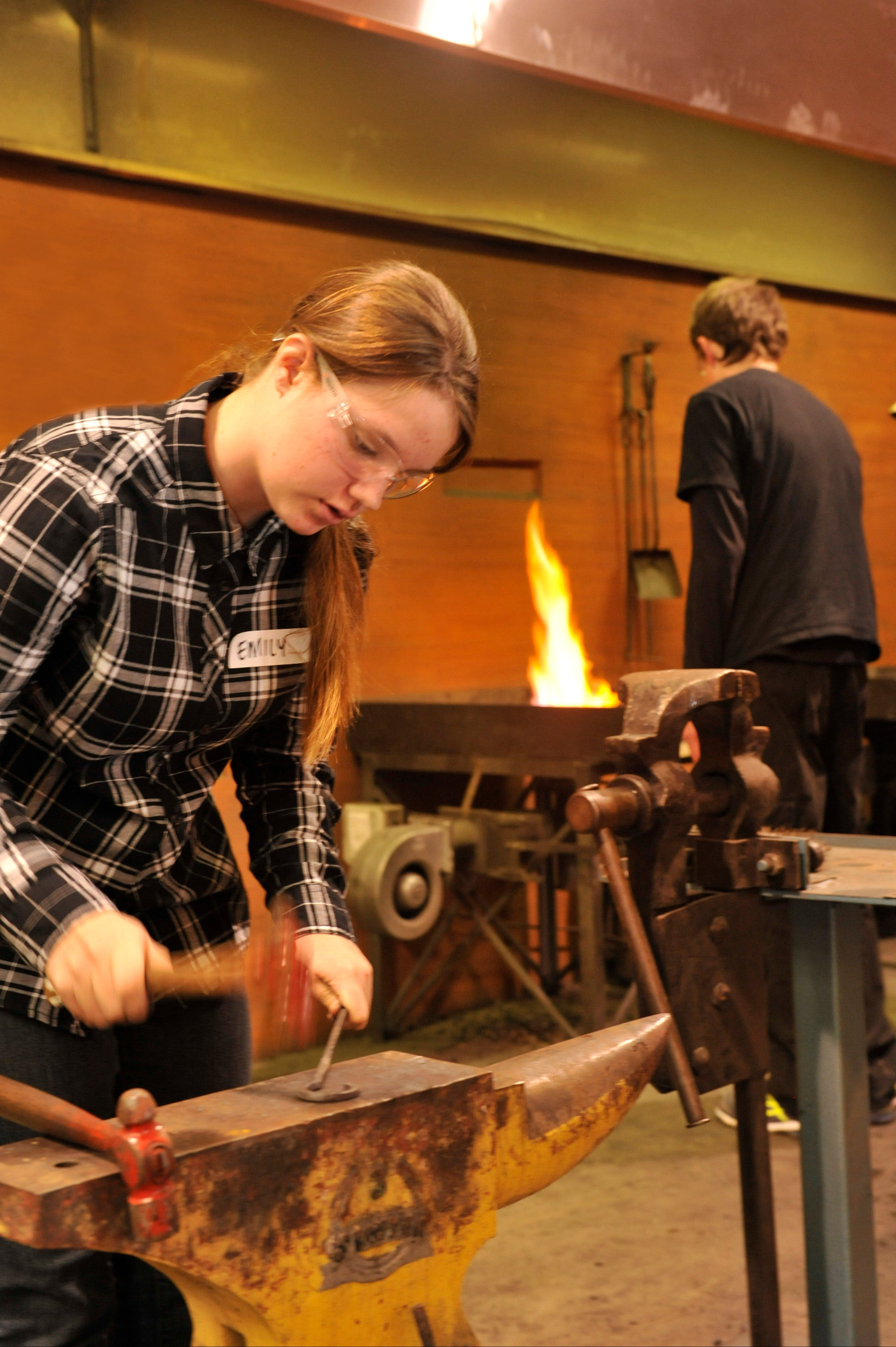 Blacksmithing Teen Workshop - Accommodation Broome