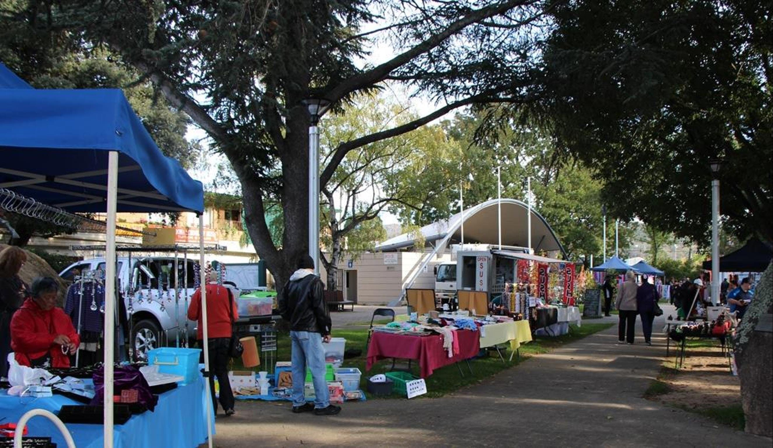 Cooma Rotary Markets - Accommodation Broome
