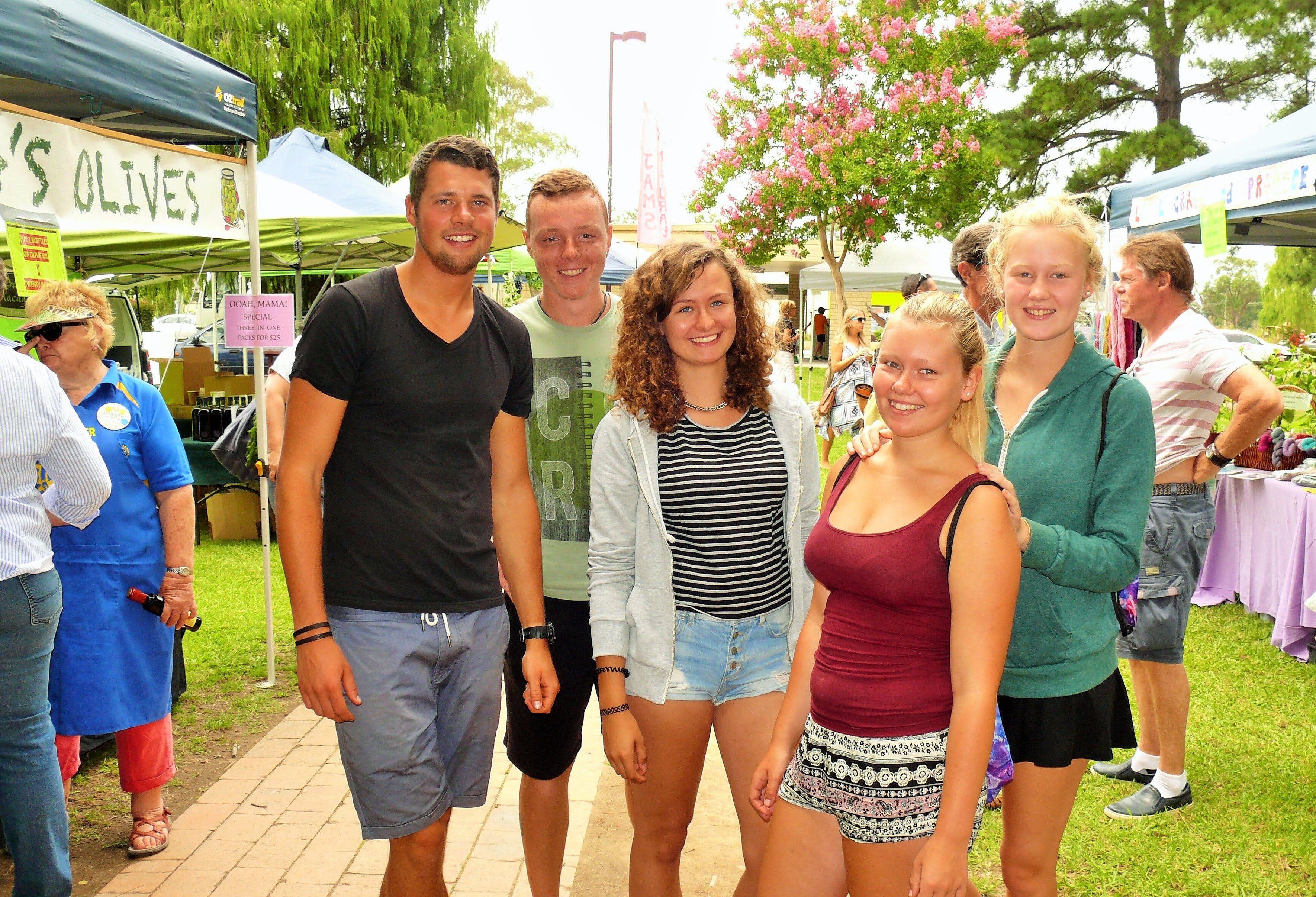 Gloucester Farmers Market - Accommodation Broome
