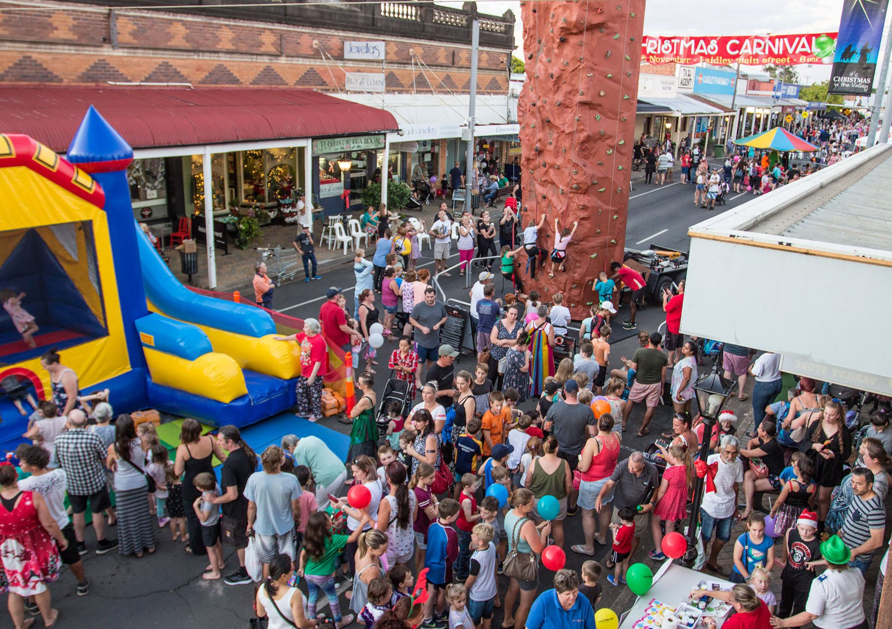Laidley Christmas Street Festival - Accommodation Broome