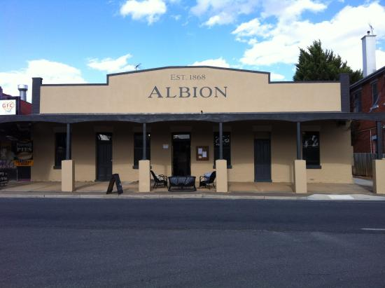 Albion est 1868 - Accommodation Broome