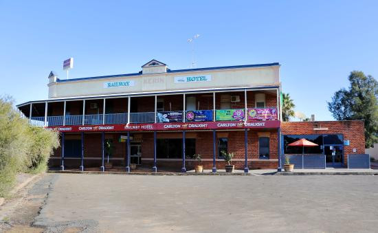 The Railway Hotel - Accommodation Broome