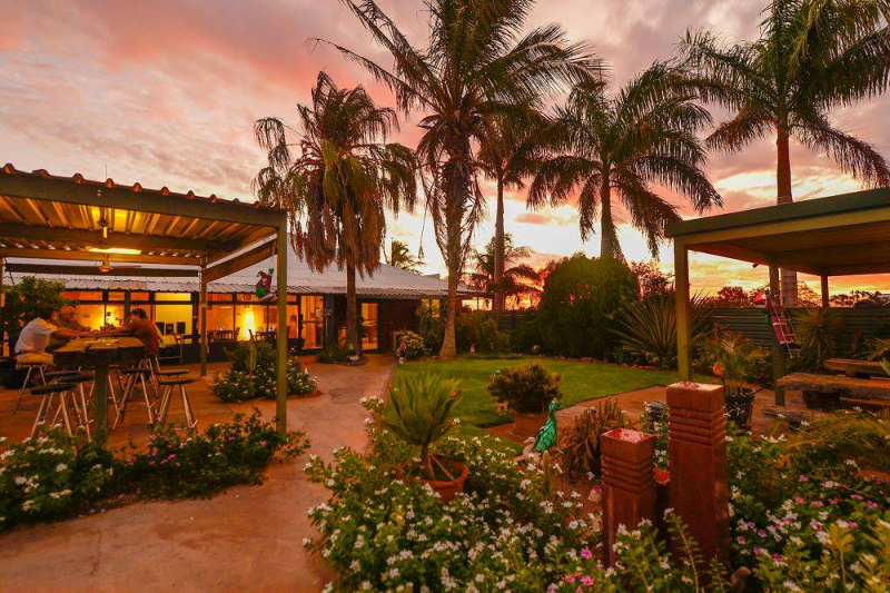 Devils Marbles HotelWauchope - Accommodation Broome