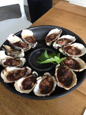 Get Shucked Oyster - Accommodation Broome