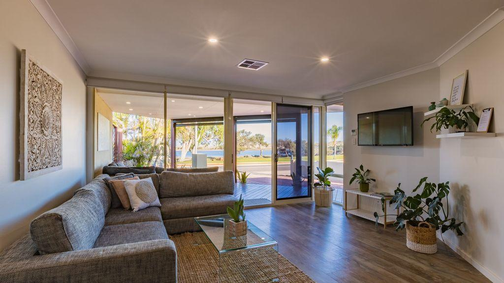 Starboard Views Kalbarri - River Front Apartment - Accommodation Broome