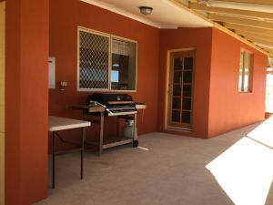 Caretakers Cottage Budget Accommodation - Accommodation Broome