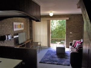 A Furnished Townhouse in Goulburn - Accommodation Broome